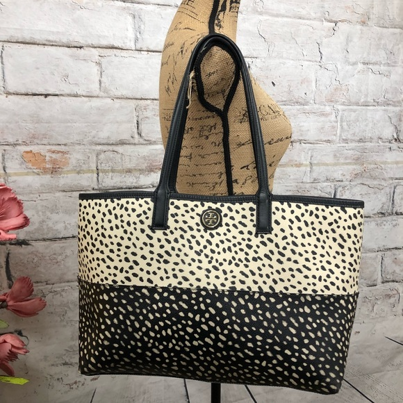 94296e337f4 Tory Burch Kerrington Shopper Dotted Pony Print. M 5b9db203c61777b895c25ede
